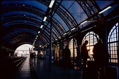 Dresden Hbf, frh richtung Prag (yatofoto) Tags: film analog dresden kodak olympus xa bahn hbf selfdeveloped ektar100