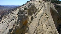 Desert Ridgewalk (Dru!) Tags: cliff usa america utah ut sandstone hiking hike ridge hikers fold geology capitolreef slab scramble scramblers scrambling ridgewalk utahtrip waterpocket uppermuleytwist