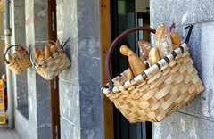 Errenteria (Espagne) (Thethe35400) Tags: bread pain pan pane po brot boulangerie cesta panier cestino