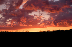 Ciel enflamme (florent.duchastel) Tags: sunset sky cloud sunlight clouds evening soleil nuage nuit couch compiegne margnylescompiegne