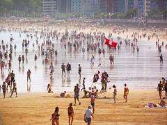 Red Flag (a.m.a. (alb_yester)) Tags: espaa beach spain sand gijn asturias playa arena asturies xixn