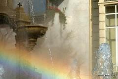 Arcoiris en Batallas (Landahlauts) Tags: street plaza water fountain arcoiris square calle rainbow andaluca agua eau wasser europa europe fuente andalucia granada andalusia andalusien arcenciel andalusie andaluz alandalus andaluzia   fuentedelasbatallas batallas  andaluzja  andaluzio aceradelcasino                    andalouzia andalusiya     fujifilmxpro1 fujifujinonxf55200mmf3548rlmois