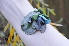 Flower elf_2 (~Gilven~) Tags: flowers blue green leaves forest linen embroidery jewelry elf bracelet swarovski foggyforest swarovskipearl