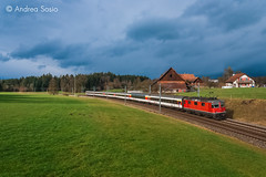 Re.4/4.11154 SBB (Andrea Sosio) Tags: train ir schweiz sbb rothenburg treno ffs cff re44 2323 schweizerischebundesbahnen nikond60 11154 interregio kantonluzern neuenkirch andreasosio