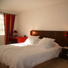 "Couleur Lavande : Chambre ""La Mditerranenne"" (CouleurLavande.com) Tags: voyage travel vacation france hotel vacances provence bb bedbreakfast luberon avignon sudfrance charme prestige chambredhote chambredhte chambresdhotes chambresdhtes couleurlavandecom"