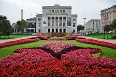 2015 09 25 004 Riga, National Opera (Mark Baker.) Tags: city flowers autumn photo opera europe european day baker outdoor mark union eu baltic latvia september national photograph states riga rīga 2015 picsmark