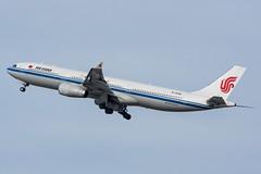 Air China - Airbus A330-300 - B5958 (j.borras) Tags: barcelona china ca airport air bcn airbus runway a330 departing cca 343 airchina a330300 07l lebl b5958