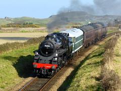 4MT 76084 and Class 31 D5631, 16th March 2016. (chrisdoward) Tags: preserved railways 2016 nnr class31 31207 76084 d5631 bridge304 mgnrs 76084locomotivecompany
