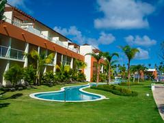 Breathless Resort, Punta Cana (nfRabbit) Tags: dominicanrepublic resorts puntacana swimingpool laaltagracia breathlessresort