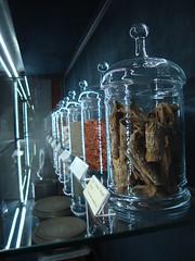 Spices (ba.sa74) Tags: curry piemonte rum bacardi speziale spezie vino vetro passione cumino martinirossi cannella liquori barattoli martinibianco martinired martinirosso albarelli pessione vinificazione museomartini