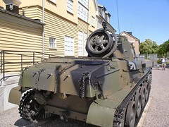 "Strv M40 3 • <a style=""font-size:0.8em;"" href=""http://www.flickr.com/photos/81723459@N04/25570930022/"" target=""_blank"">View on Flickr</a>"