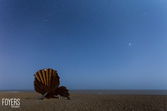 aldeburgh suffolk-5505-Edit-1.jpg (Bob Foyers) Tags: longexposure sea sculpture beach night suffolk waves scallop aldeburgh 1740mml canon6d