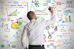 Aumenta la inversin en Social Media Marketing en los prximos aos (wessual) Tags: italy white chart man money net businessman modern pen computer advertising idea design marketing blog search support media phone mail time quality web forum internet engine graph social email db business growth vision research website diagram dollar data network statistics draw portfolio innovation client success database strategy server sms firewall finance mobilemarketing