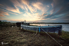 Landermere Quay (Simon Rich Photography) Tags: uk sunset sky sun grass clouds canon coast boat sailing mud trails rope quay east inlet tied essex chemtrails backwaters vapour anglia moored simonrich fiishing landermere mrmonts simonrichphotography