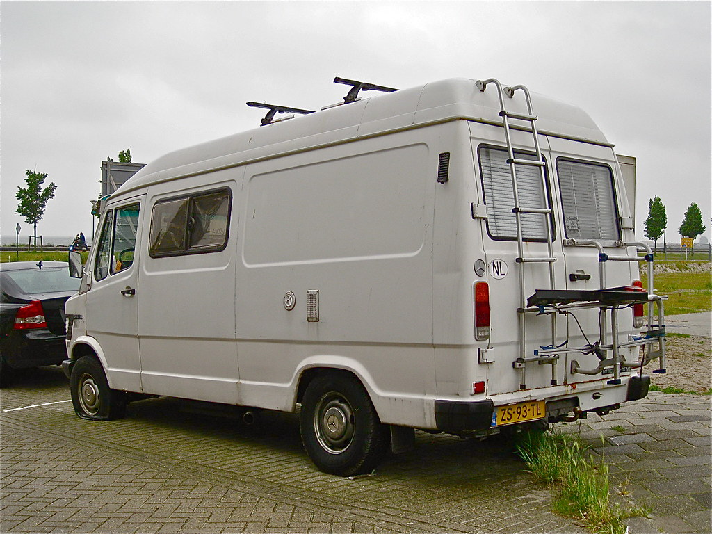 The world 39 s best photos of benz and wohnmobil flickr for Mercedes benz campers