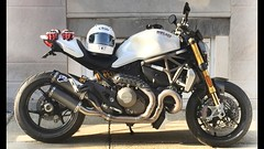 2016 Ducati Monster 1200s (jshy598) Tags: art sunglasses sport suspension motorcycle sportbike ducati arai oakley exhaust madeinitaly dainese ohlins termignoni ducatimonster1200s