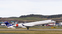EI-FPC CRJ, Aberdeen (wwshack) Tags: airplane scotland airport aircraft aeroplane aberdeen sas airliner crj bombardier dyce canadairregionaljet abz aberdeenairport egpd eifpc