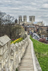York_20160408_3681_col (Rural Dave) Tags: york landscapes cityscape yorkshire citywalls minster