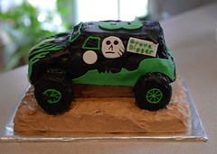 Tylers Birthday Cake 06-Feb-2016 Grave Digger Cake Side View (H20 James) Tags: cake truck gravedigger monstertruck
