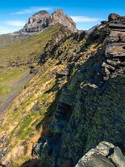 Hourquette de Héas (Manolo Moliner) Tags: walking senderismo pyrénées pirineos randonnée midipyrénées hautespyrénées pirineocentral héas hourquettedehéas