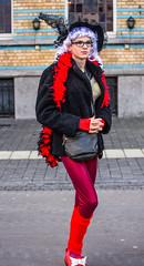 Belgi - Aalst (Alost) - Oilsjt Carnaval 2016 - Voor de parade (saigneurdeguerre) Tags: carnival canon europa europe belgium belgique mark iii belgi parade unesco ponte carnaval 5d antonio belgica flanders belgien aalst karnaval carnavale vlaanderen 2016 2015 oostvlaanderen alost flandre oilsjt antonioponte saigneurdeguerre