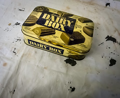 40/366 Dairy Box - 366 Project 2 - 2016 (dorsetpeach) Tags: old tin paint chocolate 365 chocolatebox 2016 366 aphotoadayforayear chocolatetin 366project dairybox second365project
