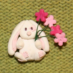 Bunny with flowers (magda069) Tags: cards polymerclay fimo toppers