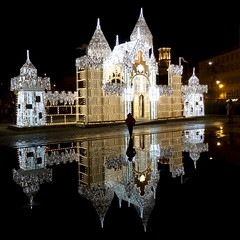 """""""come nelle fiabe"""" by night (Irene Grassi (sun sand & sea)) Tags: light france castle water night reflections nice eau luci provence acqua riflessi francia nuit castello chteau notte nizza lumires provenza reflexes placemassna"""