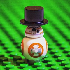 Name this guy! BB-HAT? BB-H8T? #LEGO #starwars #bb8 #afol #bricknetwork #photos #photography #camera #legophoto #toyphoto #minifig #minifigures #photo #toy #brickphoto #brick #piece #micro #minifigure (Bricktease) Tags: film upload movie poster toy photography star photo lego photos lotr wars marvel afol instagram bricktease