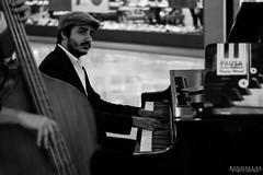 """Pausa"" (Kindallas) Tags: boy music white playing black guy art classic shopping relax play piano posing eldorado cello orchestra paulo gaze são pausa"