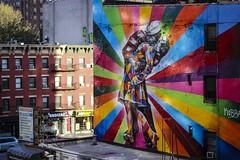 The Big Sleep (Mauricio Barretto) Tags: street city nyc newyorkcity travel usa ny newyork art canon buildings arte manhattan cityscapes dslr bigapple eeuu travelphotography canonusa