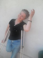 amp-1085 (vsmrn) Tags: woman crutches amputee onelegged