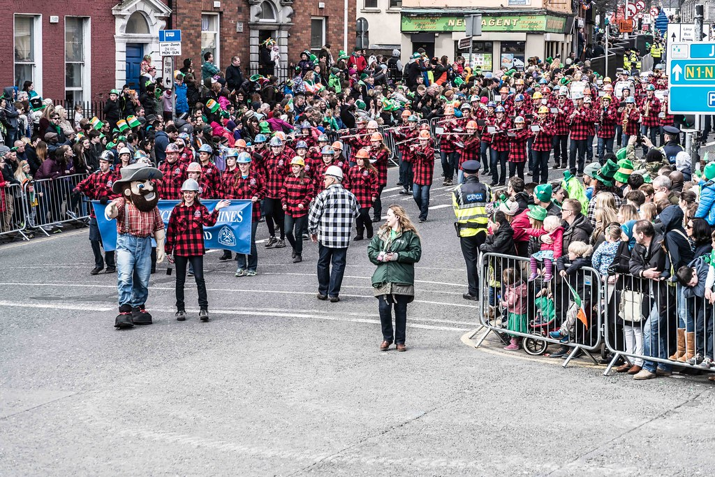 Colorado School Of Mines Marching Band and Choir [St. Patrick's Day Parade 2016]---112292