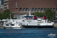 Oslo XI & Huldra (Aviation & Maritime) Tags: oslo norway ferry huldra passengerferry dsd passengerboat ruter of osloxi osloferjene oslofergene norled detstavangerskedampskipsselskap