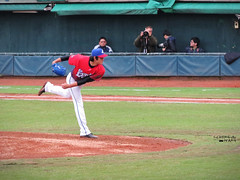 IMG_4066_副本 (vivian_10202) Tags: baseball taoyuan cpbl lamigo 王溢正