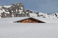 Chalets sous la neige (Stefho74) Tags: montagne neige montblanc hautesavoie rhonealpes sallanches lesaravis randonnéeenmontagne lapierrefendue chaletsdecoeur coldeniard stefho74 lepontdelaflée lacabanedupetitpatre