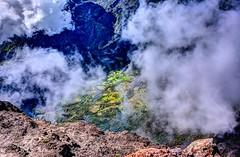 Vertigo! (Yin*Yang) Tags: cloud mountain nature reunion landscape island scenery outdoor hdr