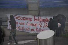 1. Mai 2016: Sexismus bekmpfen (Christian Natiez) Tags: people demo schweiz switzerland politik leute politics zurich protest may demonstration mai transparent zrich nachdemo laborday labourday sexism 1mai 2016 tagderarbeit sexismus