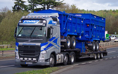 Stewart Trailers of Inverurie Volvo FH PO63AVK on the A90, Dundee, 2/5/16 (andyflyer) Tags: truck transport lorry inverurie a90 haulage hgv volvofh roadhaulage stewarttrailers roadtramsport po63avk stewartagriculture