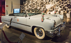 1952 Lincoln Capri Convertible (BlueVoter - thanks for 1.4M views) Tags: auto car museum automobile voiture musee carro museo royalautomobilemuseum