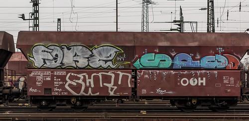 2516_2016_03_24_Oberhausen_West_DB_189_027_Graffiti_Falns