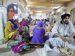 SikhTempleNewDelhi031 (tjabeljan) Tags: india temple sikh newdelhi gaarkeuken sikhtemple gurudwarabanglasahib
