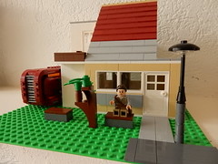 New house for Rey (Star Wars) (sander_sloots) Tags: house architecture starwars lego lamppost rey huis speeder architectuur moc lantaarnpaal afol