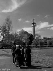 let's go to pray! (paologmb) Tags: sky blackandwhite london architecture arquitectura aljazeera war peace minaret muslim islam fear faith pray mosque arab isis angst bianconero allah muezin