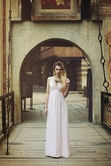 Andreea O. (vince_enzo) Tags: pink castle canon hair torino eos 50mm dress makeup medieval blonde stm jewels castello medievale vento valentino capelli 6d gioielli principessa posa