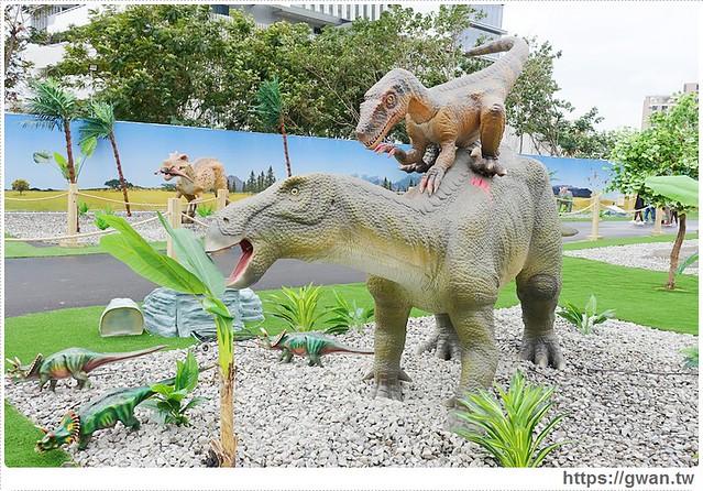 23414899273 e6f8ffd794 z - [台中展覽●西屯區] 台中侏儸紀樂園–全台唯一戶外大型恐龍展,展期2015/12/18~2016/3/17 ♪ 來看會動的恐龍