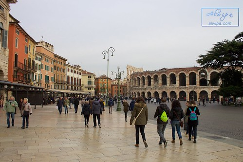 """Verona (Italy) • <a style=""""font-size:0.8em;"""" href=""""http://www.flickr.com/photos/104879414@N07/23957288124/"""" target=""""_blank"""">View on Flickr</a>"""