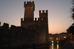 Sirmione (mttdlp) Tags: lago garda castello notte sirmione d3200