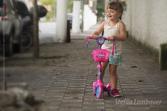 Catharina (Stefan Lambauer) Tags: street brazil baby brasil kid infant br sopaulo santos skate beb criana filha menina catharina 2016 patinete stefanlambauer