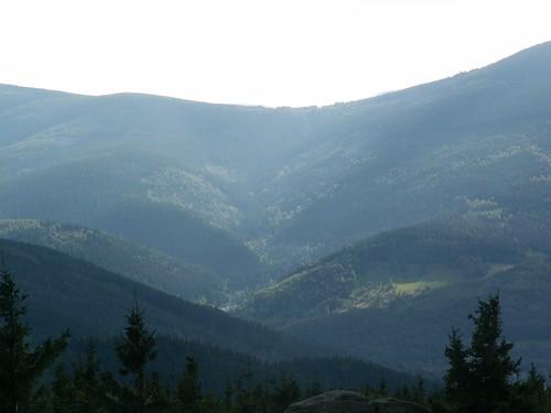 Dolina w Karkonoszach z Małej Ostrej